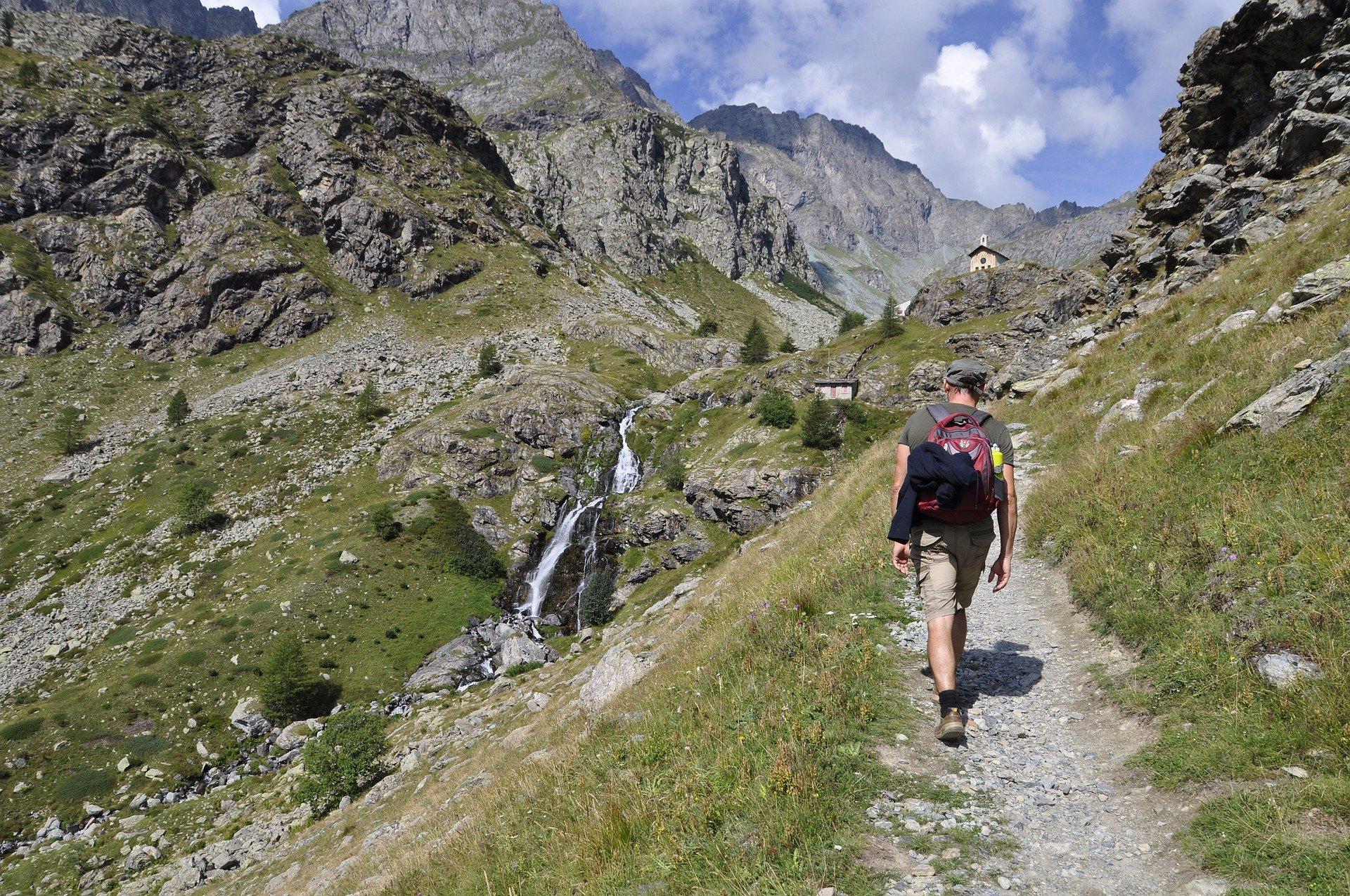 Cuneo outdoor travel turismo enogastronomico